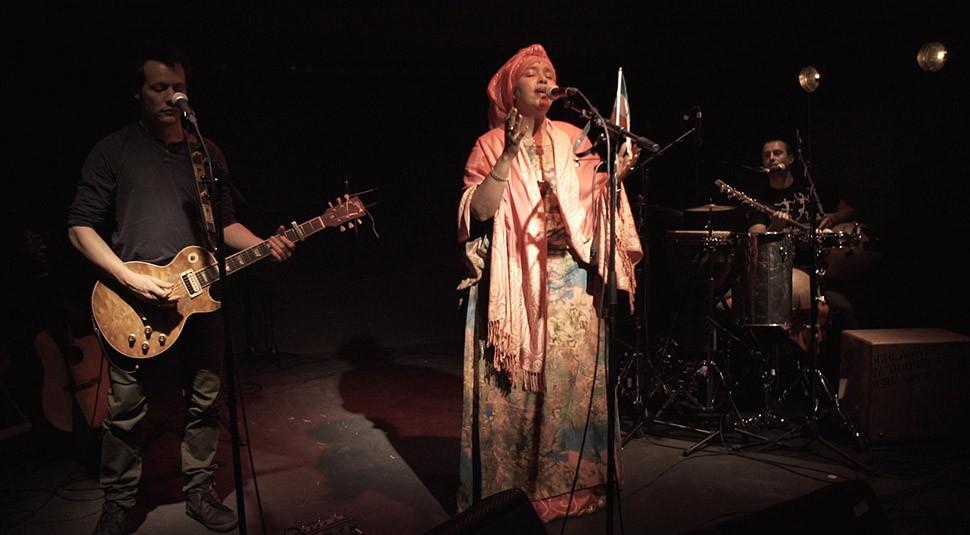 Ecoutes Au Vert / Genève / Aventures sonores au grand air! / Ecoutes au vert au Bateau: Sahra Halgan Trio (Somaliland/F) + DJs F & Postman / 504797548
