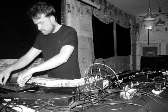 Ecoutes Au Vert / Genève / Aventures sonores au grand air! / John Heckle - Boiler Room live set + link to selected video performances / 1999203871