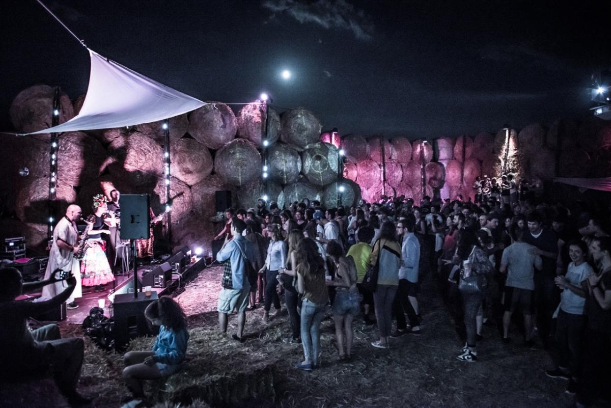 Ecoutes Au Vert / Genève / Aventures sonores au grand air! / ECOUTES AU VERT: Live audio-visuel de NUT NUT + Party avec DARIA & PAULO OLARTE + MALKI / 1697471347