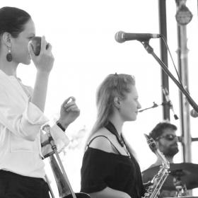 Ecoutes Au Vert / Genève / Aventures sonores au grand air! / BOOGALOO SWEET PEOPLE - Live Video - Bains des Pâquis 23-07-14  / 1024078007